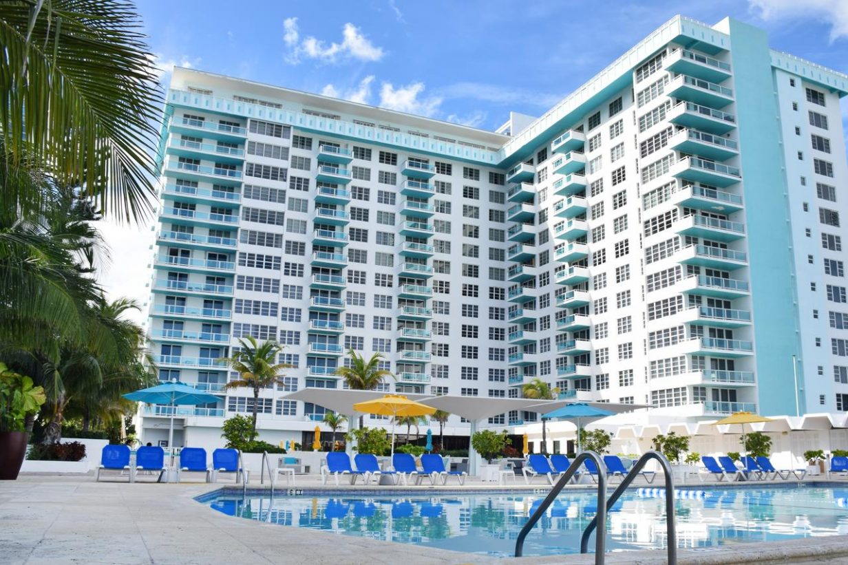 4* Hotel on Miami Beach for only US$ 150 / night / suite (80% off) 1